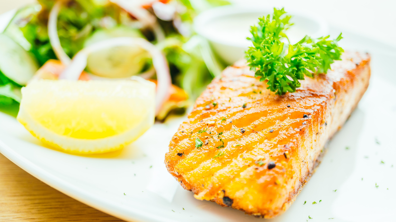 A alimentação é capaz de fornecer vitamina D suficiente para o corpo?
