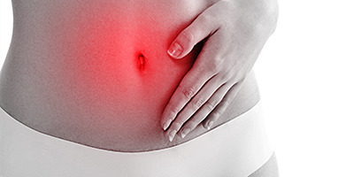 Dores durante ou após as relações sexuais podem ser sintoma de endometriose.
