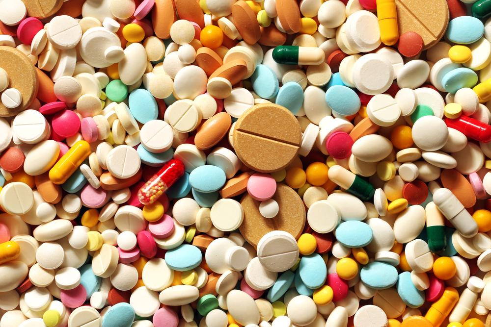 Desde que tome a dosagem certa, posso tomar o antibiótico a qualquer hora do dia?