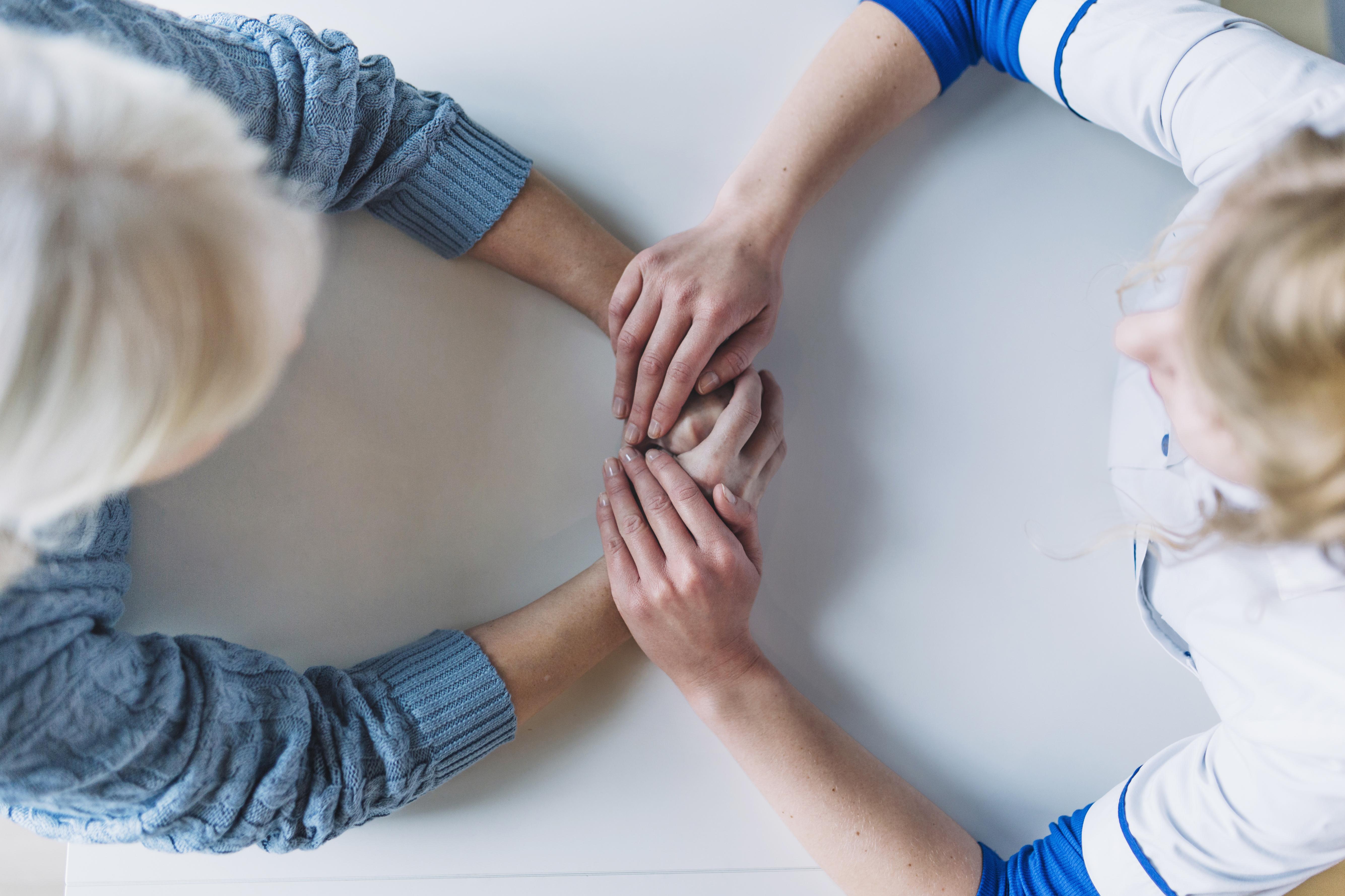 Depressão e ansiedade podem ser sintomas de menopausa.