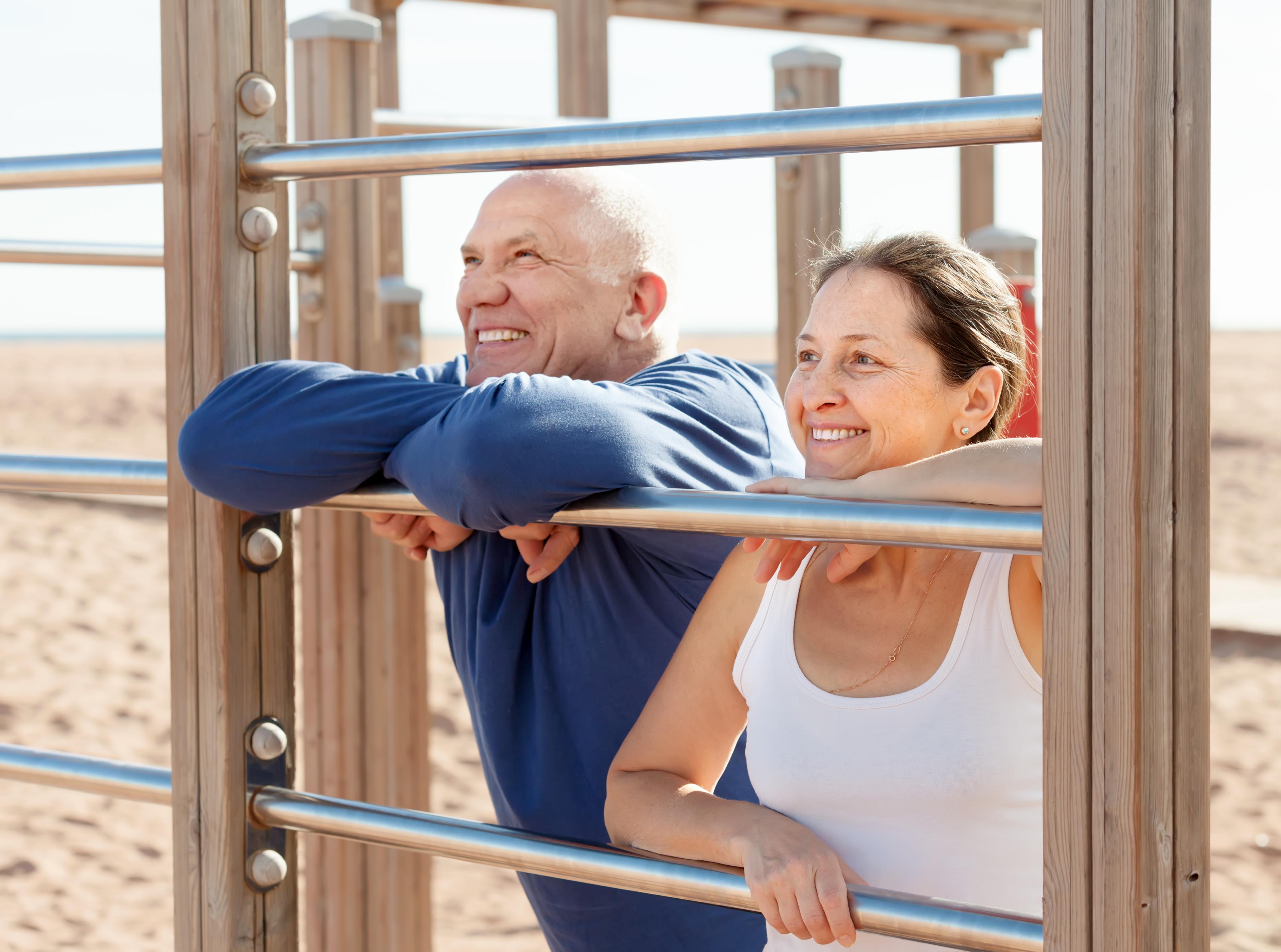 A atividade física auxilia no equilíbrio, agilidade e capacidade funcional dos idosos